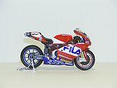 Ducati 999 F04 #52 (WSBK 2004), Maisto