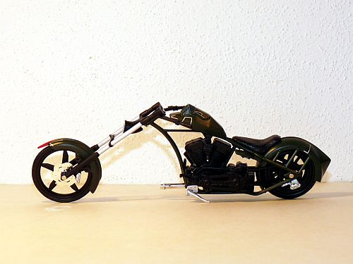 Orange County Choppers: The Tale of the Teutuls [Paul Teutul, Paul M. Teutul, Michael Teutul, Keith and Kent Zimmerman] on letmeturntheradio.gq *FREE* shipping on qualifying offers. In the year , Lady Luck reached out to a hard-living, hard-working family in a small town in Orange County.