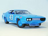 Plymouth Road Runner #43 (Nascar 1971), AutoWorld/Toolbox Treasures
